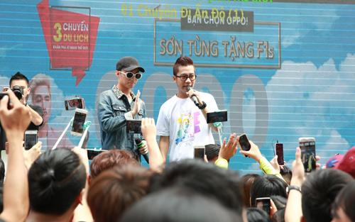 Sơn Tùng M-TP xuất hiện cực ngầu mặc 'bão' scandal - 8