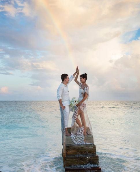 Siêu mẫu Brazil gây sốc khi mặc bikini trong đám cưới - 9