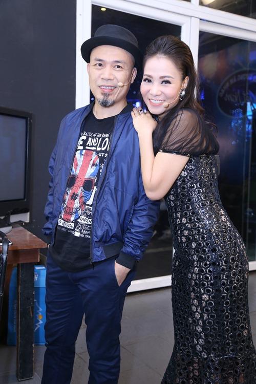 Thu Minh diện lại váy cũ làm giám khảo Vietnam Idol - 9