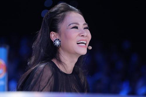 Thu Minh diện lại váy cũ làm giám khảo Vietnam Idol - 7