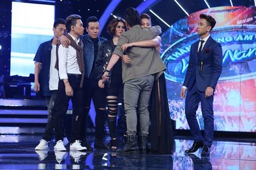 """""""Bác sĩ tăng động"""" ra về ở Gala 4 """"Vietnam Idol 2016"""" - 2"""