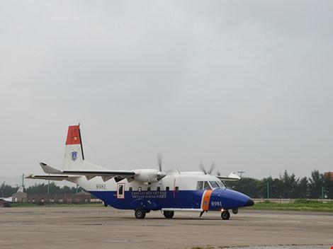 Máy bay Casa-212 và Su-30MK2 đã cất cánh trở lại - 5