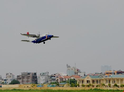 Máy bay Casa-212 và Su-30MK2 đã cất cánh trở lại - 6