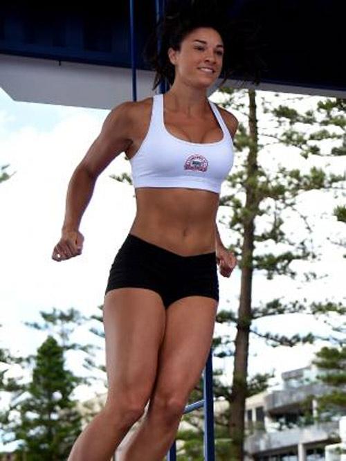 """Mỹ nữ Thế vận hội Rio gây """"sốt"""" với cơ bụng cực đẹp - 9"""