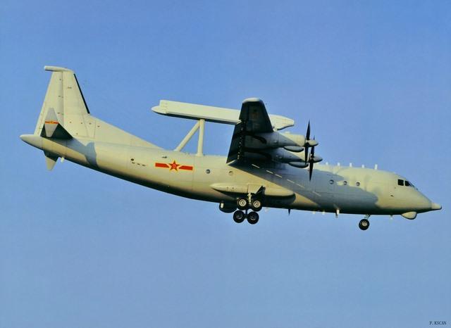 Trung Quốc có gì trong kho chứa máy bay ở Biển Đông? - 3