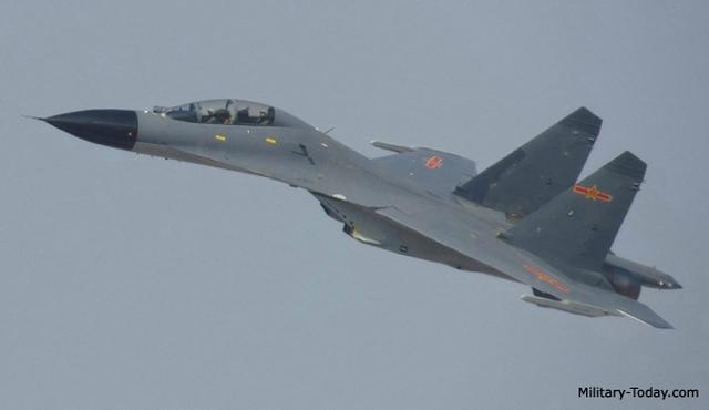 Trung Quốc có gì trong kho chứa máy bay ở Biển Đông? - 7