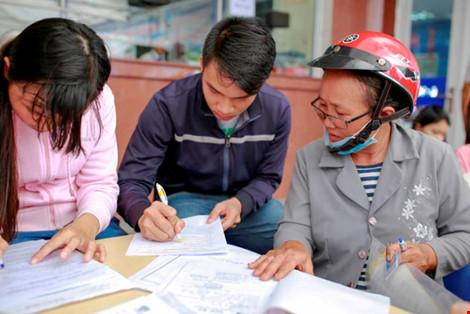 Nhiều trường ĐH phía Nam công bố điểm chuẩn - 1