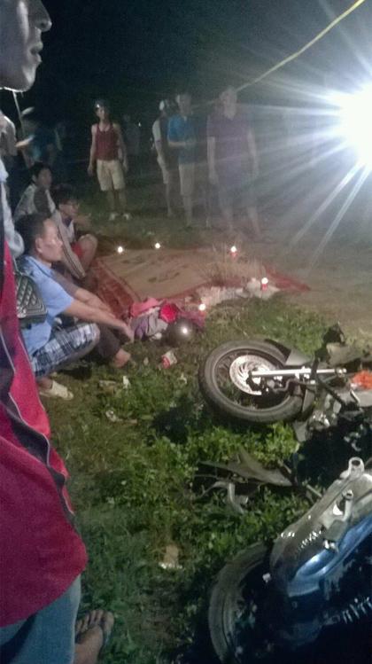 Xe tải tông xe máy, 3 người một gia đình thương vong - 1