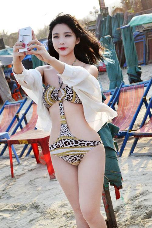 """Cô gái Việt """"lột xác"""" xinh đẹp, nổi tiếng trên đất Mỹ - 7"""