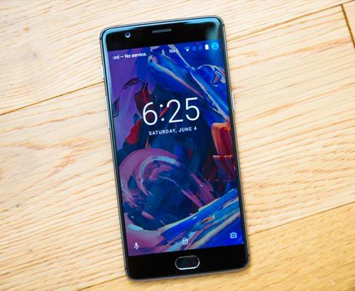 """Top 6 smartphone pin """"trâu"""" nhất thị trường - 3"""