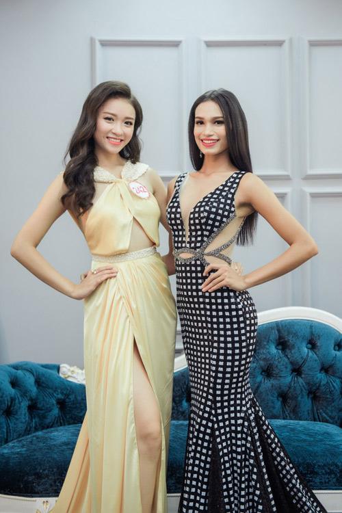 Hoa hậu VN: Thí sinh gợi cảm với đầm ôm sát, xẻ tà - 15