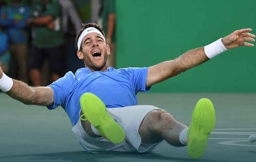Tennis Olympic ngày 9: Hingis giành HCB - 2