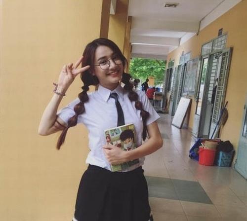 Cuộc sống trái ngược của bạn gái Trấn Thành, Trường Giang - 11