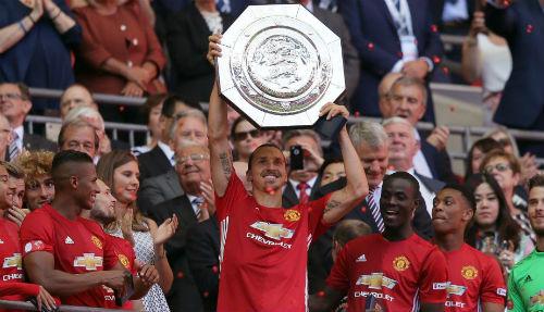 """Fan MU """"tuyên chiến"""", fan Arsenal dè dặt ngôi vô địch - 1"""