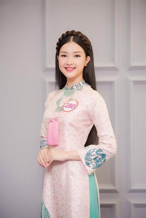 """HOT: """"Nàng thơ xứ Huế"""" bất ngờ xin rút khỏi Hoa hậu VN - 1"""