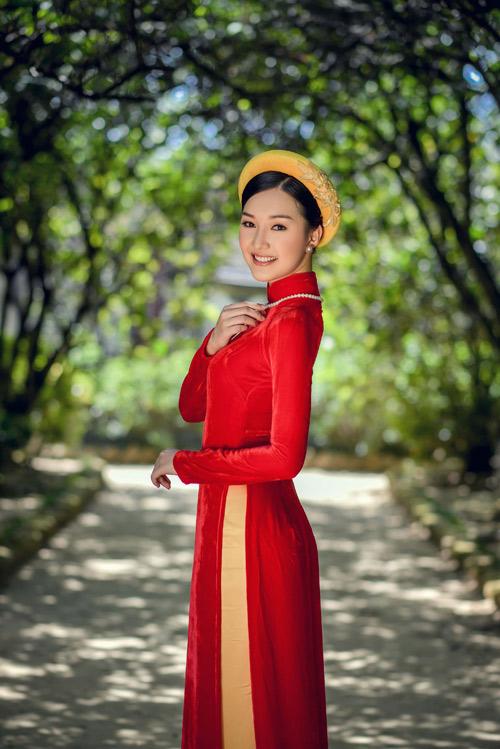 """HOT: """"Nàng thơ xứ Huế"""" bất ngờ xin rút khỏi Hoa hậu VN - 8"""