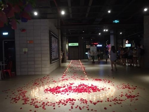 Xôn xao màn cầu hôn tại rạp chiếu phim của 9x Hà thành - 1