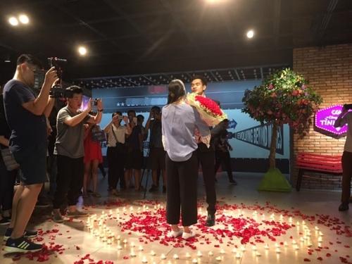 Xôn xao màn cầu hôn tại rạp chiếu phim của 9x Hà thành - 2