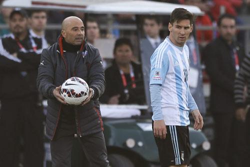 """Đấu Siêu cúp TBN, Messi gặp lại """"hung thần"""" Copa - 1"""