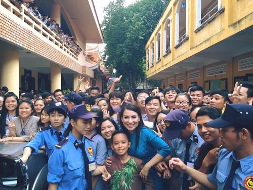 Hồ Văn Cường quá khác từ khi làm con nuôi Phi Nhung - 2