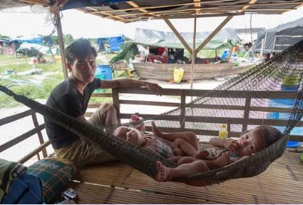 """Biển Hồ cạn cá, """"xóm Việt kiều"""" tả tơi - 2"""