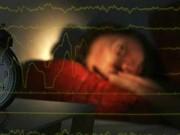 Ngủ quá nhiều hay quá ít đều tăng rủi ro đột quỵ