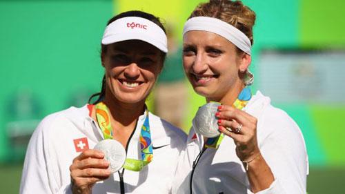 Tennis Olympic ngày 9: Hingis giành HCB - 1