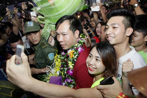 Hoàng Xuân Vinh: Khó nói hết tâm trạng trước phát súng giành HCV - 1