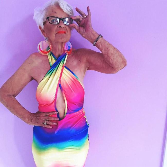 Nhân dịp sinh nhật lần thứ 88, bà Badass đã tung bộ ảnh cực kỳ gợi cảm, quyến rũ