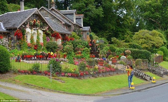 Biến vườn nhà thành điểm du lịch nổi tiếng ở Scotland - 10