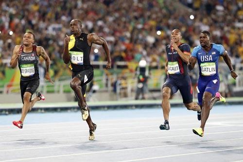 Vô địch 100m, Bolt vẫn buồn vì không phá được kỷ lục - 1