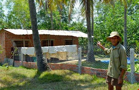 Quảng Nam: Bị phạt vì xây nhà tạm chăn vịt - 1