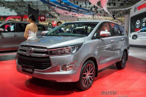 Toyota Innova 2016 bán tại Indonesia rẻ bằng nửa ở Việt Nam - 1