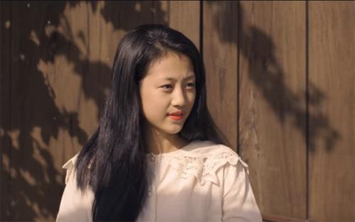 """""""Cô bé Hội An"""" bỗng nổi tiếng sau MV của Bích Phương - 5"""