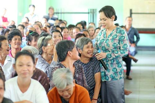 Ông xã Việt Hương khoe tài ca hát - 7
