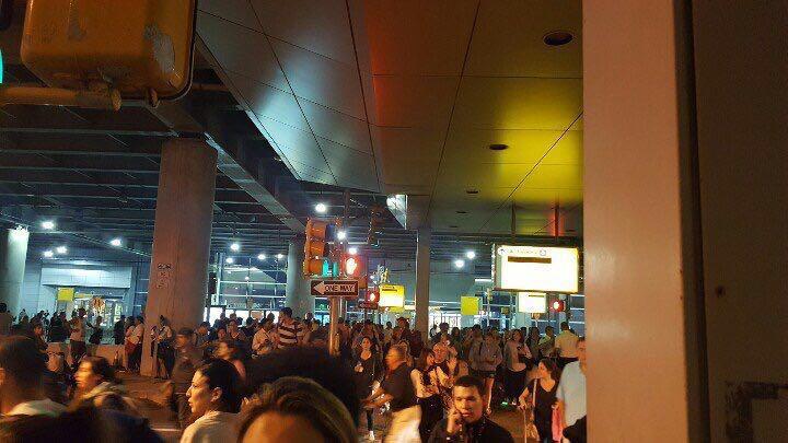 Sơ tán sân bay New York vì báo cáo có tiếng súng nổ - 3