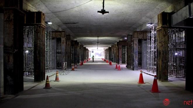 Cận cảnh đại công trường nhà ga metro dưới lòng đất - 5