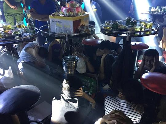 Bộ Công an đột kích bar Diamond Club ở Quảng Nam - 4