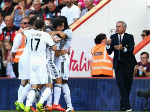 """MU - Mourinho: Niềm tin lớn từ """"khúc dạo đầu"""" - 1"""