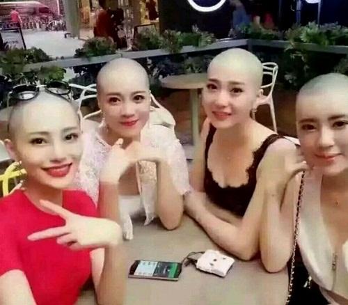 Sốc với mốt cạo trọc đầu của gái trẻ Trung Quốc - 1