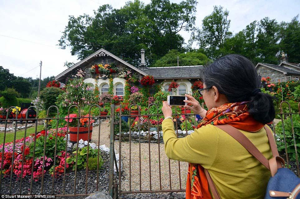 Biến vườn nhà thành điểm du lịch nổi tiếng ở Scotland - 2