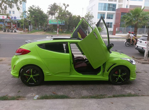 Vì sao giới độ xe Việt Nam ưa thích cửa cắt kéo của Lamborghini? - 4