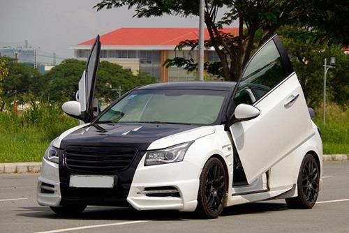 Vì sao giới độ xe Việt Nam ưa thích cửa cắt kéo của Lamborghini? - 12