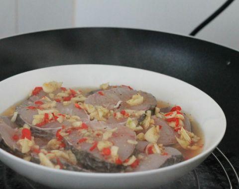 30 phút vào bếp với cá hấp tiêu thơm ngon, đậm đà - 2