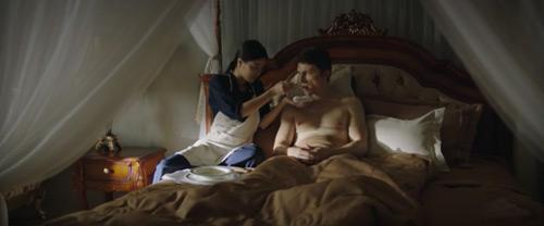 """""""Bạn gái"""" Johnny Trí Nguyễn ma mị trong phim mới - 2"""