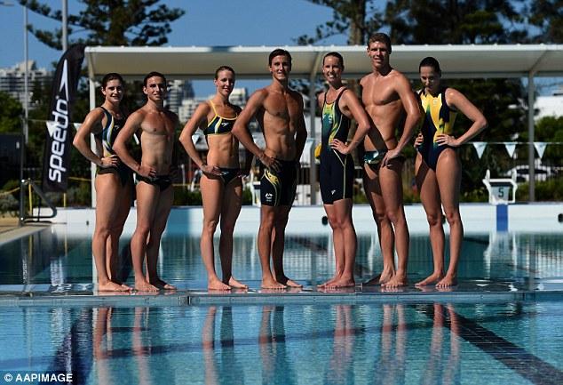 """Đồ bơi tại Olympic ngày càng """"thoáng đãng"""" - 15"""