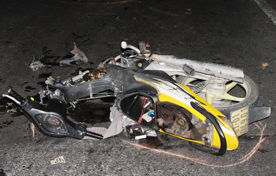 Bị trọng thương do... lao xe vào hiện trường tai nạn - 2