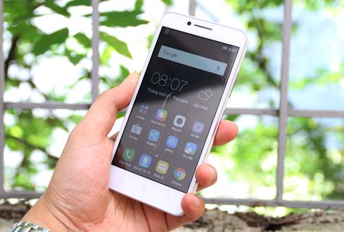 Đánh giá chiếc smartphone giá rẻ trang bị siêu mạng 4G - VIBE C của Lenovo - 2