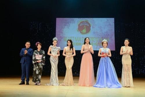 Lê Thanh Thúy đăng quang Hoa hậu Doanh nhân người Việt châu Á - 9