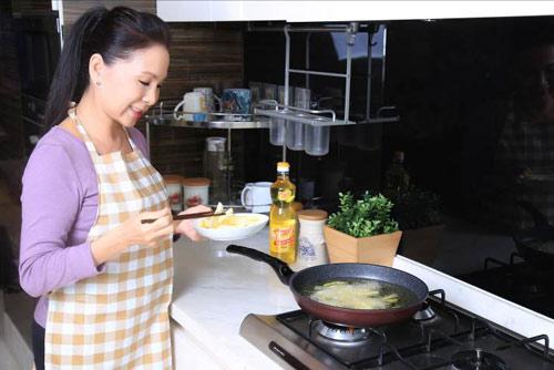 Những câu chuyện thú vị từ gian bếp của người nổi tiếng Việt - 3